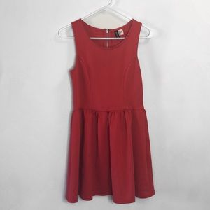 Beautiful Red H&M party dress!